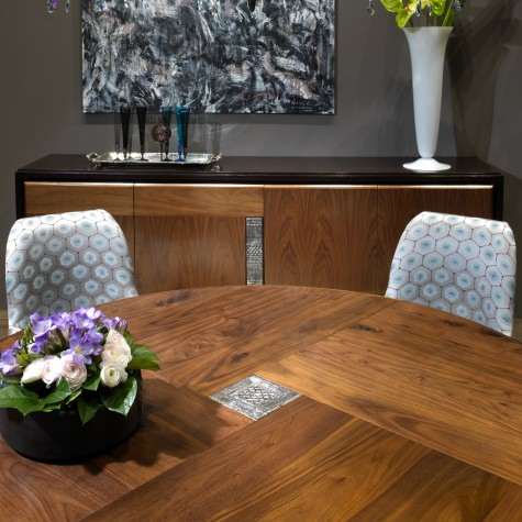 Round table in oak.Available fixed or with extensions
