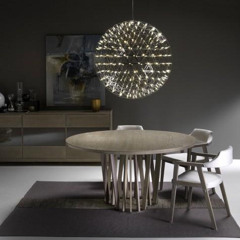 Круглый стол из цельного ореха или дуба