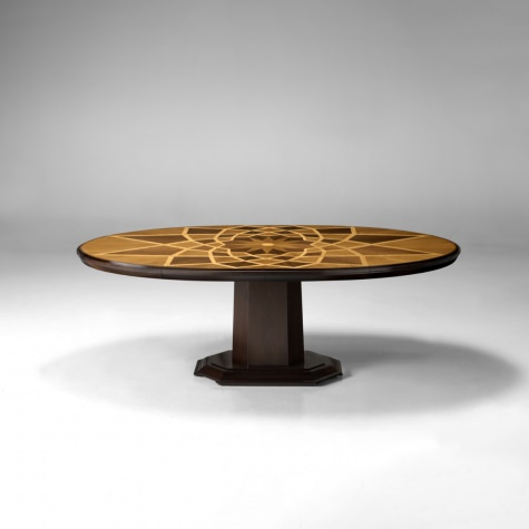 """Piazza del Campidoglio"" oval table with V-shaped leg"