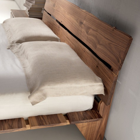 Headbord for bed in solid walnut