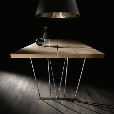 Tavolo Vero gambe in metallo Light